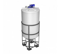 Емкость ФМ 2000 белая в обрешетке с турбинной мешалкой