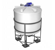 Емкость ФМ 5000 белая в обрешетке с турбинной мешалкой